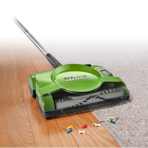 3.Shark 10 Rechargeable Floor and Carpet Sweeper